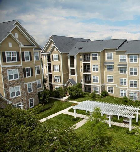 Camden Fallsgrove Apartments in Rockville, Maryland